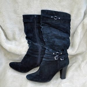 White mountain Black leather suede heeled boots 9
